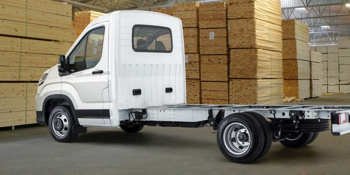deliver-9-cab-chassis-4